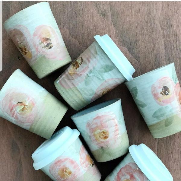 Robert-Gordon-Dark-Small-Carousel-Cups-225ml-Orchard-Blossom