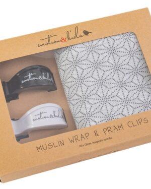 geometric-muslin-wrap-with-black-and-white-pram-clips